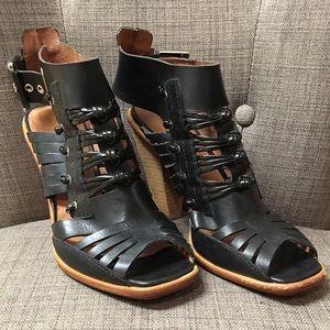 Anthropologie No 704 b black leather heels Sz 8.5